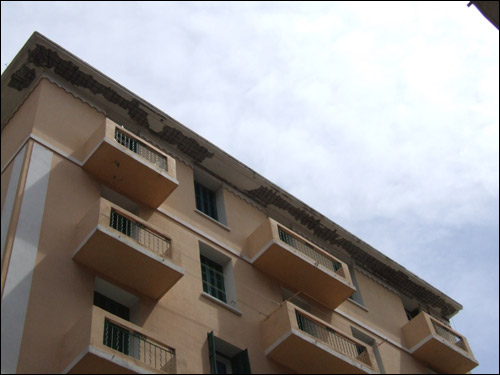 http://www.allo-olivier.com/Photos-Forum/Travaux-Accros/04-Corniche.jpg